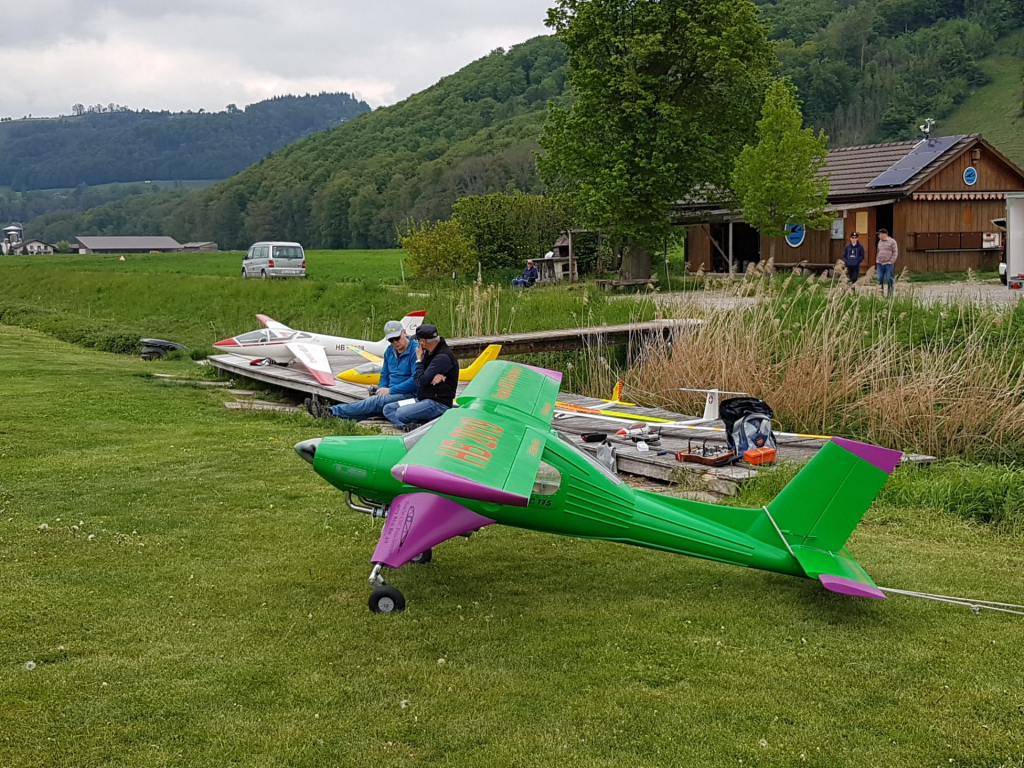 Erstflug der PZL-104M Wilga 2000 von Pesche Streit, Massstab